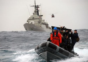 U.S. Navy sailors in joint exercise with Peruvian Navy. (By US Navy)